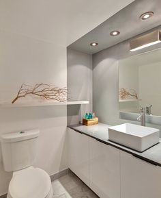 Eco-Friendly Home Remodel Project Idea in Minimalist Building Concept: Bright Modern Bathroom Design Applied White Vaniy At Horcasitas Apart...