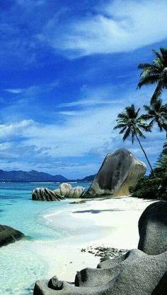Mauritius island https://www.hotelscombined.fr/Place/Mauritius.htm?a_aid=150886