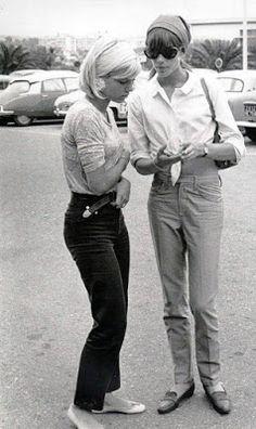 Françoise Hardy i Sylvie Vartan, Jean-Marie Périer, lata sześćdziesiąte Style Année 60, Mode Style, Style Icons, Classic Style, Fashion 60s, Fashion History, Vintage Fashion, Fashion Ideas, Fashion Clothes