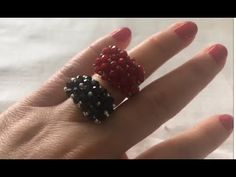 Check this out! Diy Beaded Rings, Beaded Jewelry, Beaded Bracelets, Diy Jewelry, Diy Schmuck, Schmuck Design, Beaded Spiders, Bead Crochet Patterns, How To Make Rings
