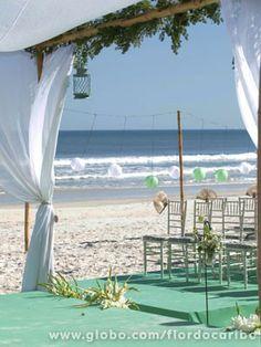 Detalhes simples e belos para um casamento na praia → #redeglobo #gshow #decoração #colors #inspired #praia #casamento