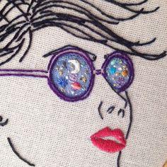 Venha conhecer nosso micro universo bordado para a nova coleção COSMOS . Hoje, a partir das 13h, rua lisboa, 445, em mais uma edição da nossa querida @fera_fera_  #clubedobordado #cosmos