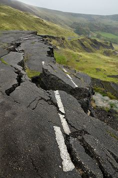 Mam Tor road by pentlandpirate on Flickr.