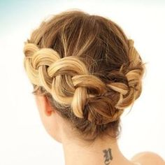 Just did this dutch braid on my short hair. Fairly easy and looks great., Summer Hairstyles, Just did this dutch braid on my short hair. Fairly easy and looks great. Source by drshephe. Homecoming Hairstyles, Summer Hairstyles, Braided Hairstyles, Cool Hairstyles, Braided Updo, Gorgeous Hairstyles, Wedding Hairstyles, Ladies Hairstyles, Hairstyles Haircuts