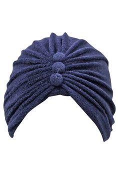 Terry Cloth Turban Head Wrap With Button Detail. carmen montagut · Turbante  años 40 4b5bcb7af2c