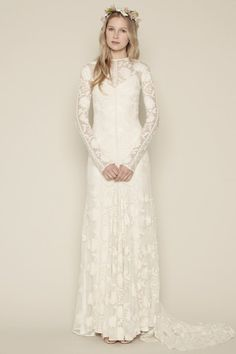CHLOE DRESS - Rue De Seine || I don't know exactly why I love this dress... sort of has a medieval vibe. Medieval hippie.