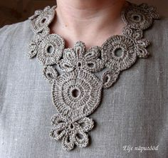 ao with ♥ / crochet collar