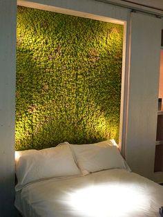 Inspirational Thursday: Джунгли и Цветы в Спальне// I am obsessed with moss green