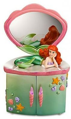Ariel reclining jewelry box