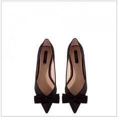 Minimal + Chic    codeplusform Soulier Femme, Minimaliste Chic, Chaussures  Zara, Placard abb4370bcd61