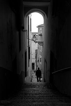Alfama by Fernando Alves, Lisboa, Portugal