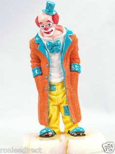 This is the last color sample of this beautiful clown sculpture! The edition is closed. Only 47 pc ever made in production.  Made in America.