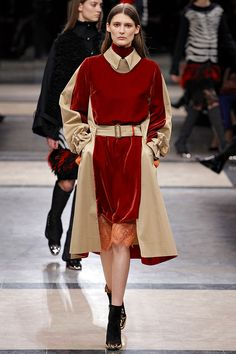 Sacai Fall 2013 RTW - Review - Fashion Week - Runway, Fashion Shows and Collections - Vogue - Vogue