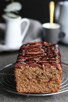 Glutenvrij appel kaneel brood - Beaufood Low Carb Recipes, Bread Recipes, Real Food Recipes, Gluten Free Snacks, Foods With Gluten, Sweet Bread, Healthy Baking, Clean Eating Snacks, Food Inspiration