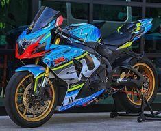 Suzuki Gsx R, Suzuki Bikes, Suzuki Motorcycle, Racing Motorcycles, Motorcycle Gear, Gsxr 1000, Gp Moto, Custom Sport Bikes, Hot Bikes