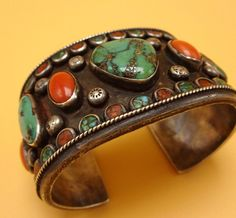 Heavy Vintage NAVAJO Sterling Silver CORAL & TURQUOISE Cuff BRACELET Chip…