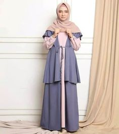 Colour : dusty Milo pink grey All size fit to L (Ld 100 Pjg 138 ). Colour : dusty Milo pink grey All size fit to L (Ld 100 Pjg 138 ) Happy Shopping Abaya Fashion, Muslim Fashion, Fashion Outfits, Womens Fashion, Hijab Style Dress, Casual Hijab Outfit, The Dress, Dress For You, Simple Dresses