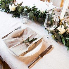 Kukat juhlatilojen koristelussa