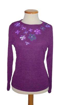 "Camiseta bordado ""Flores tela"" Color Vino"