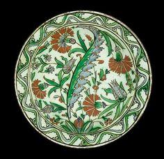 An Iznik pottery Dish Turkey, circa 1575-80