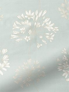 A colour that is always in style, this beautiful Rosedale Duck Egg roman blind gives the impression of lovely silver-white flowers blooming against a clear, blue sky.