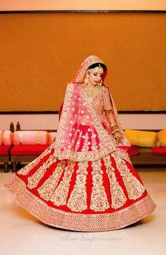 "Amit Photography ""Portfolio"" album -Wedding Bridal Lehenga - Bride in Amazing Saree Gown. More information on WeddingNet Bollywood Lehenga, Red Lehenga, Indian Lehenga, Bridal Lehenga, Saree Wedding, Bollywood Fashion, Anarkali, Punjabi Salwar Suits, Patiala"