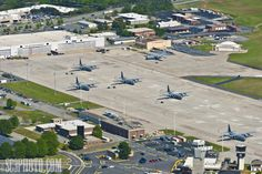 The job market for this profession is very good with a very important Air Force base nearby. Dobbins AFB is one of the country's largest producers of military aircraft.     http://www.sc3photo.com/2011/biplane-adventures-in-kennesaw/dobbins-air-force-base-marietta-georgia-c130/