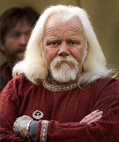 Skidril Rivenblade, the chief elder