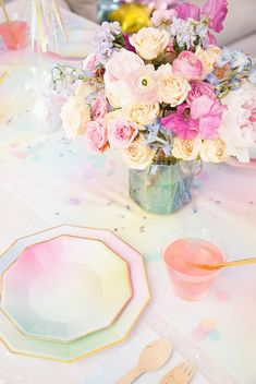 Pastel party inspiration / planning by A Charming Fete, photo by Sweet Magnolia Photo Rainbow Birthday Party, Rainbow Theme, Birthday Party Themes, Birthday Ideas, Unicorn Wedding, Unicorn Birthday, Girl Birthday, 24th Birthday, Mermaid Wedding