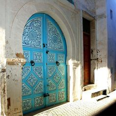 À Tunis.