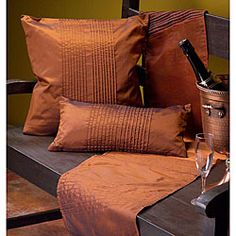 copper crush - This is delicious looking! Copper Decor, Copper Kitchen, Kitchen Linens, Touch Of Gold, Color Of The Year, Season Colors, Kitchen Colors, Home Decor Furniture, Pantone Color