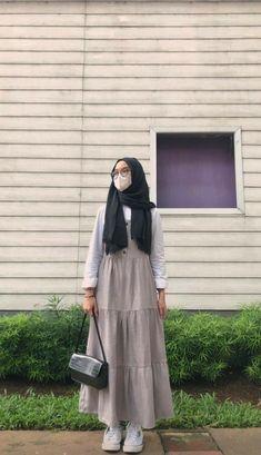 Modern Hijab Fashion, Hijab Fashion Inspiration, Muslim Fashion, Modest Fashion, Ootd Hijab, Casual Hijab Outfit, Mode Abaya, Fashion Outfits, Ootd Fashion