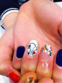 Snoopy nail!