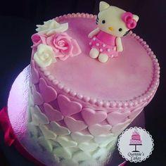 Instagram post by Quennie • Jan 16, 2019 at 11:43am UTC Cakes, Instagram Posts, Desserts, Food, Tailgate Desserts, Deserts, Cake Makers, Kuchen, Essen