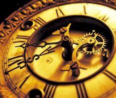 """Каждую среду у нас проводится акция """"Золотой час""""! Тот, кто позвонит по номерам: +7 (831) 277–59–50, 277–58–67, 277–67–64 или 246–03–28 в среду с 17 до 18-00 и закажет услуги по созданию, дизайну или продвижению сайта, а также по продвижению в социальных сетях, получит скидку в 10% на заказанные услуги! З.Ы. Репин приветствуется!"""