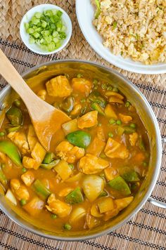 Chinese Chicken Curry - Now you can Create one of the most popular takeaway dishes in your own home completely Syn Free. Serve with egg fried rice and you have the perfect fakeaway meal. Gluten Free, Dairy Free, Paleo, Slimming World and Weight Watchers friendly