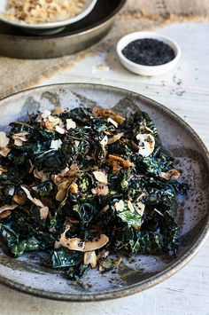Kale salad with toasted coconut and sesame oil - Viktoria's Table