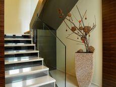 Wnętrze MT Amarant  paliwo stałe CE Modern Farmhouse Exterior, Stairs, Villa, Home Decor, Houses, Casa De Campo, Ladders, Homemade Home Decor, Stairway