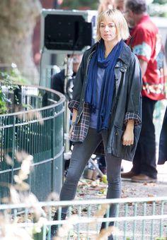20 looks con los que Sienna Miller recupera su trono de reina absoluta del estilo