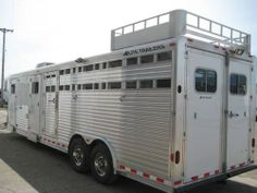 2006 Elite Warrior Conversion LQ -2006 Elite, 4-Horse slant, 12' Warrior Conversion LQ, mid-tack, beautiful interior, in excellent condition! Open to reasonable offers. More pictures or video upon request. - See more at: http://www.heavyequipmentregistry.com/heavy-equipment/11783.htm