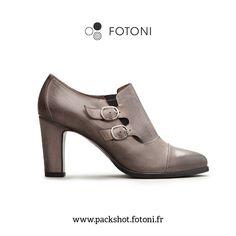 @vinpers, distributeur de chaussures italiennes.   #logo #website #packshot #mood #photo #photography #photographie #studio #ad #pub #fotoni @fotoni.paris Sandro, Character Shoes, Dance Shoes, Booty, Ankle, Paris, Logo, Fashion, Italian Shoes
