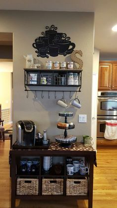 coffee decor Awesome Coffee Bar Ideas that Will Makes All Coffee Lovers Falling in Love TAGS: Coffee bar ideas, Coffee station kitchen, DIY Coffee bar in kitchen, Farmhouse coffee bar, Keurig station Coffee Bar Station, Coffee Station Kitchen, Coffee Bars In Kitchen, Coffee Bar Home, Home Coffee Stations, Keurig Station, Beverage Stations, Tea Station, House Coffee