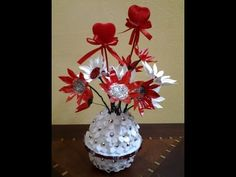 Best Out Of Waste Plaste White & Red Flowers Showpiece