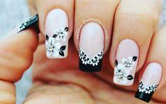 Manicure a blanco y negro.