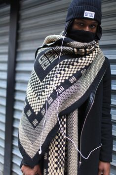 Paris Mens Fashion Week street style