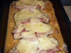 La meilleure recette de Cote de porc au jambon fromage! L'essayer, c'est l'adopter! 5.0/5 (13 votes), 23 Commentaires. Ingrédients: 4 cotes de porc échine de 180gr chacune,4 tranches de jambon blanc,6 tranches d emmental(ou fromage a raclette),3 cas de creme fraiche,une de moutarde de meaux,10cl de jus de veau,huile,sel,poivre