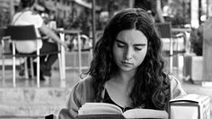 The 6 Reactions Book-Lovers Have to People Who Don't Read | Bustle