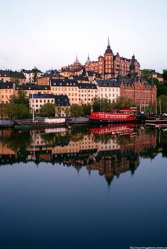 Södermalm, Stockholm. Discover restaurants, bars, shops, clubs & cultural hotspots that locals love in Stockholm: www.10thingstodo.in