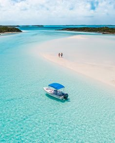 """Fowl Cay Resort on Instagram: """"Step out of the ordinary and into Fowl Cay, where luxury and nature blend into one! #LuxuryRetreat #FowlCayResort."""""""