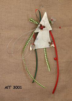 χειροποιητα γουρια - Αναζήτηση Google Craft Projects, Projects To Try, Christmas Crafts, Christmas Decorations, Diy Weihnachten, Lucky Charm, Holiday Treats, Christmas Home, Diy Crafts